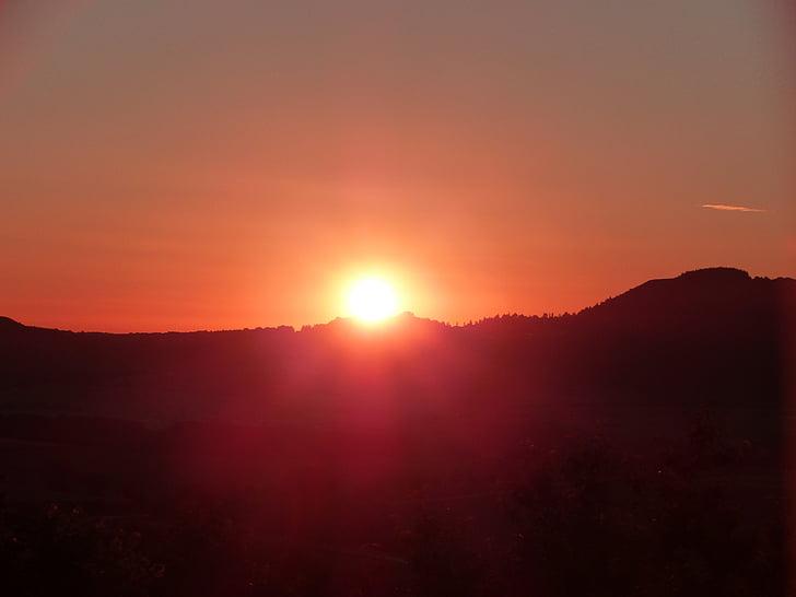 sommarsolståndet, Dornberg, solen vagga, soluppgång, morgon, humör, Sky