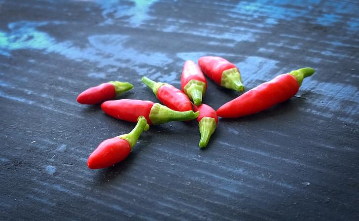 pipari, sarkanie pipari, sarkana, dārzenis, zvans, neapstrādāta, sarkans, melns