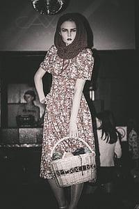 Mudel, Tüdruk, kleit, Vaade, Ilu, tumedal taustal, mood