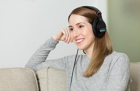dona, noia, auriculars, música, Escolteu, Relaxa, Retrat