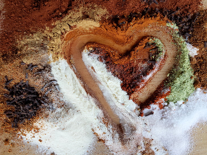 heart, love, feeling, valentine's day, cloves, spices, herbs