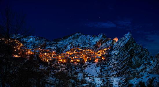 Castelmezzano, Italien, byn, staden, Resort, bergen, vinter