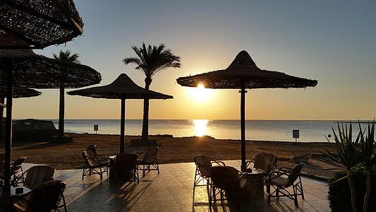 Alba, Mar, sortida del sol sobre el mar, morgenstimmung, romàntic, platja, llum de matí
