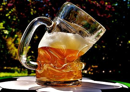 pivo, čaša piva, deformirani, savijena, smiješno, pivski vrt, svijetlo pivo