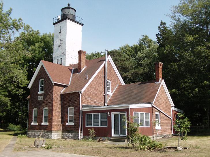 light house, erie pa, presque isle, lake erie