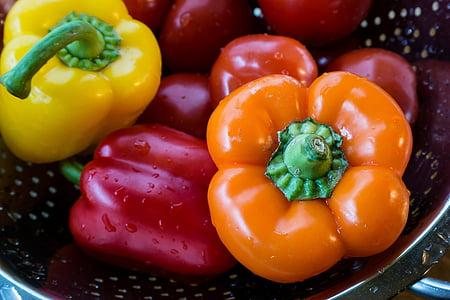 pebre vermell, verdures, tomàquets, rentat, rentat, taronja, groc