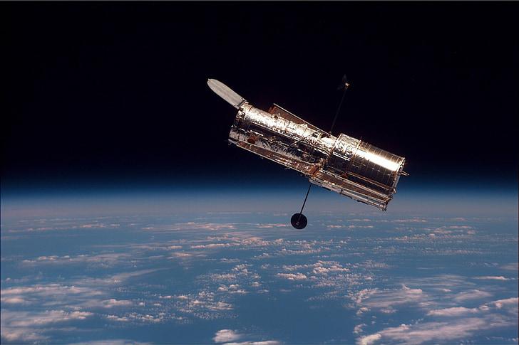 telescope, space telescope, hubble weltraumteleskop, satellite, space, atmosphere, space travel