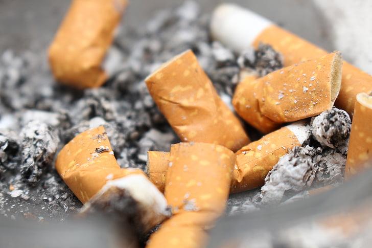 cigarrets, cendra, esborrany, burilla de cigarret, Cendrer, inclinació