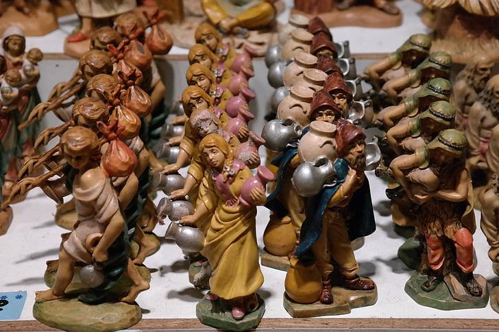 figures de pessebre, figures de Nadal, figures de fusta, figures, mercat de Nadal, decoracions de Nadal, talla