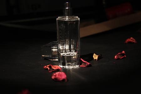 natura morta, fotografia, vetro, scuro, petalo di rosa, profumo