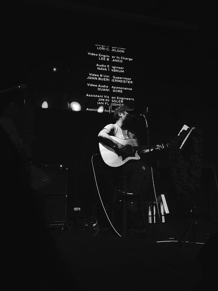 ööklubid, Baar, laulja laulja