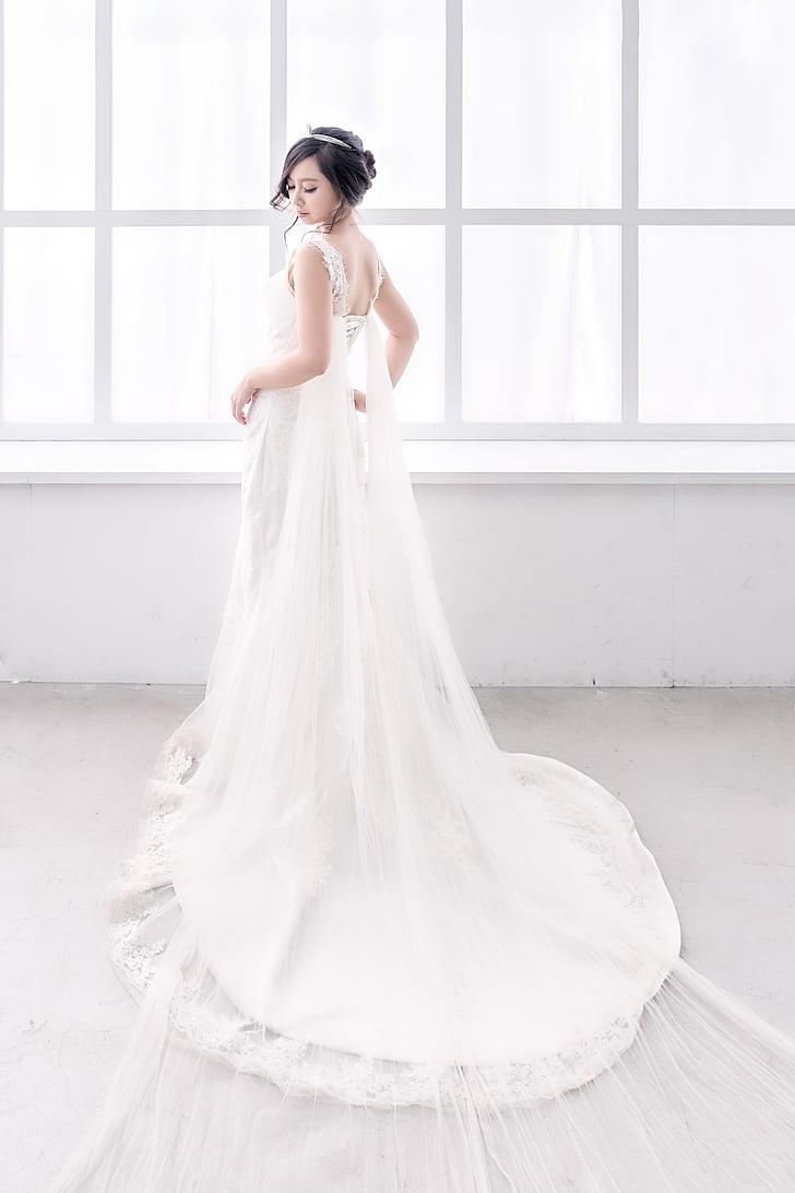 núvia, nenes, casar-se, pentinat, casament, vestit de núvia, una dona només