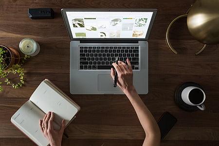 ordinador, informació turística, mà, portàtil, Llibreta, Planificació, taula