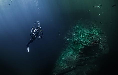 divers, deep sea, light, sea, ocean, diving, underwater