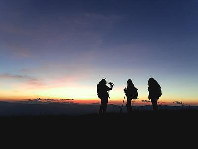 verksamhet, äventyr, bakgrundsbelyst, ryggsäck, klättrare, landsbygd, mörka