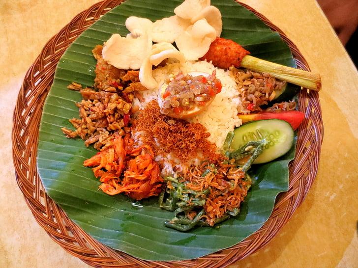 nasi padang, jedzenie, danie, dania kuchni indonezyjskiej