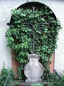 Allgäu, Füssen, régi temető, Kovácsoltvas cross, dekoráció