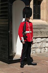 London, Londoni, Bobby, huvipakkuvad, valvur, sõdur, sõjalise