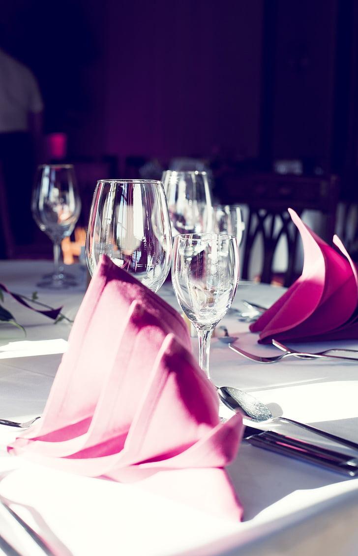 banketisaal, pool, veini klaasi, salvrätikud, Tabel, gedeckter tabel, söögiriistad