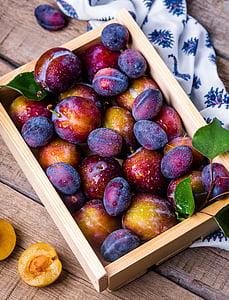 slive, polje, sadje, poletje, Tihožitje, vitamini, vrt