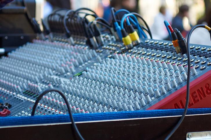 τηλεχειριστήριο, ρύθμιση παραμέτρων, ήχος, διακόπτες, σύρμα, DJ, Εξοπλισμός