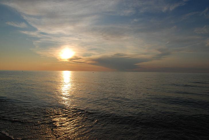 Mar, Mar Bàltic, posta de sol, la Costa del mar Bàltic, la Costa, oest, l'aigua