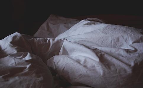 bed, bedding, bedroom, duvet, pillow, sheets, sheet
