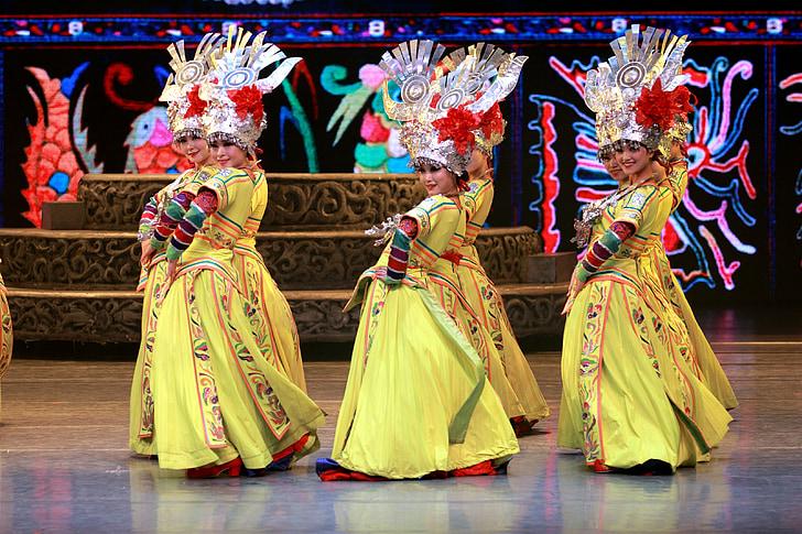 ples, manjina, tradicionalni, Kina