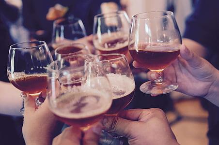prillid, röstimiseks, Tervitades, alkoholi, röstsai, inimesed, tähistada