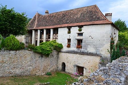 casa de Perigord, casa medieval, Perigord, estil perigordian, poble medieval, Perigord sostre, Dordonya