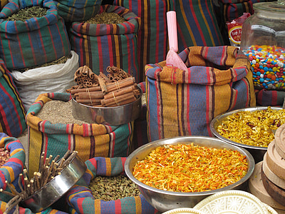 acco, acre, israel, shuk, market, spices, stripes