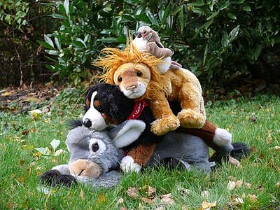 stuffed animals, bremen town musicians, fairy tales, plush toys, predator