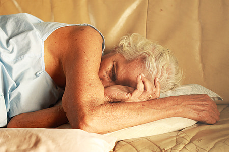 mae, provider, sleep, jesse, home, bed, men