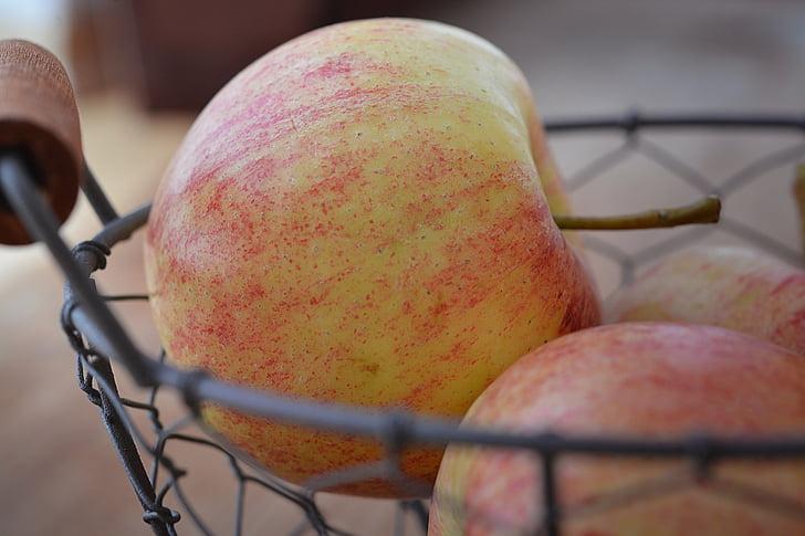 vaisių krepšelis, vaisių dubuo, obuolių, natūralus produktas, vaisių, sveikas, vitaminai