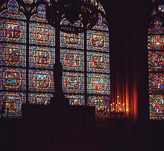 Catedral de Notre Dame, París, França, vidrieres, espelmes, fosc, religió