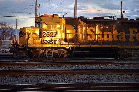 train, engine, rail, railroad, transport, transportation, locomotive