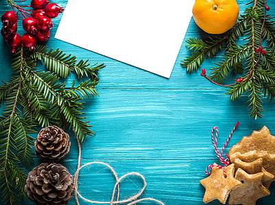 Crăciun, Ajunul Anului Nou, carte postala, felicitare, decoratiuni de Craciun, lumânare, cadou