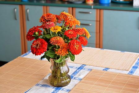 kytice, léto, cínie, květiny, zahradní květiny, jídelní stůl, dekorace