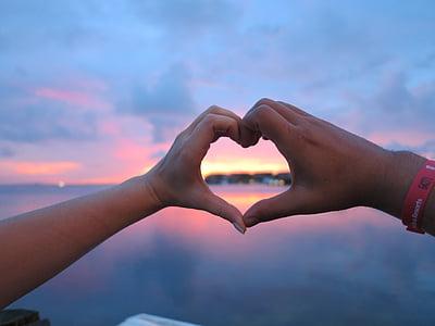 love, caribbean, passion, hands, heart, casal, sunset