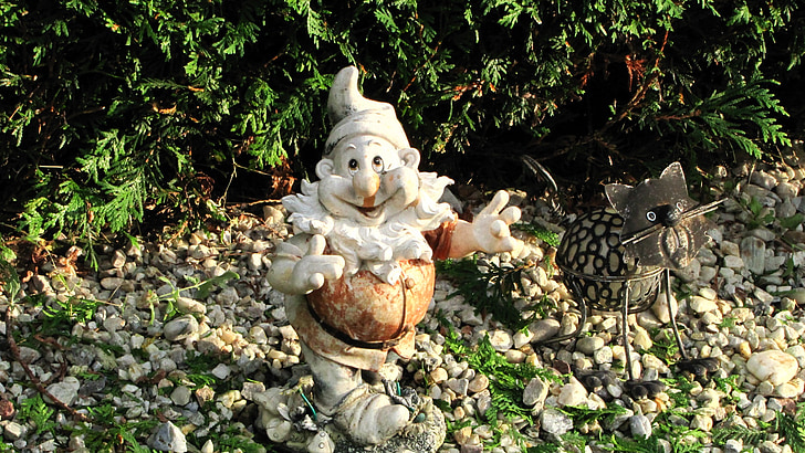 nain, gnome, esprits de la nature, elfes, êtres naturels, nain de jardin, jardin