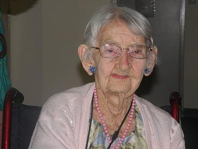 elderly, old, retired, mature, retirement, love, senior