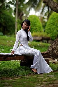 meitene, balts apģērbs, glīts, Āzijas valodu, glītā meitene, sieviete, laimīgs