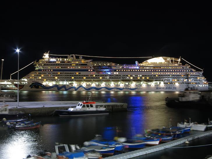 Aida, natt, belysning, kryssningsfartyg