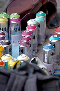 bentuk spray can, grafiti, nuansa, warna, semprot