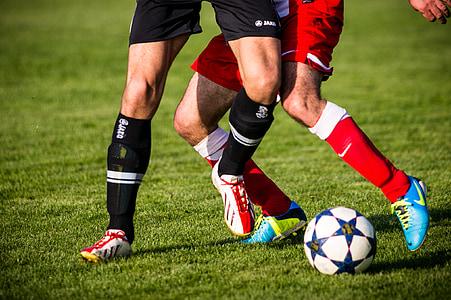 футбол, клип, футболни обувки, футбол, дуел, опоненти, футболисти