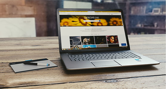 computer, internet, keyboard, laptop, screen, social, table