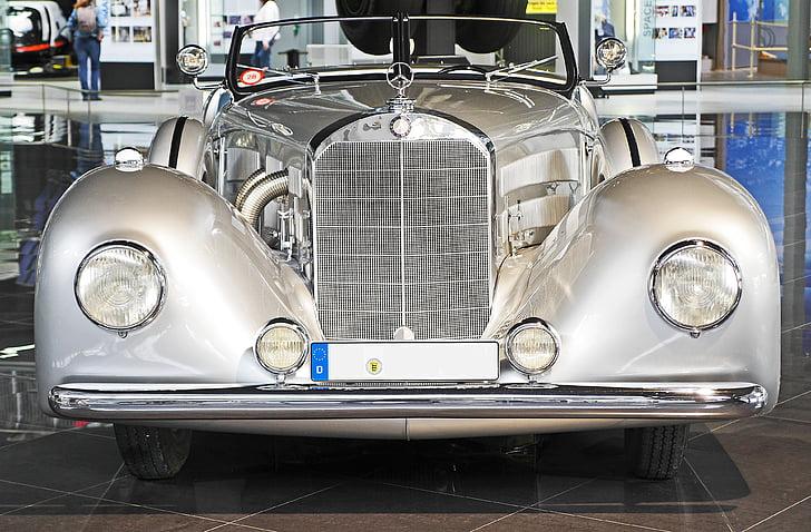 Mercedes 500 k, uno de los tipos, Oldtimer, Speyer, Museo de tecnología, Daimler-benz, Presentación
