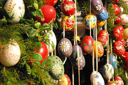 pou de Pasqua, Setmana Santa, ous de Pasqua, tradició de Pasqua, tema de Pasqua, costum, decoració
