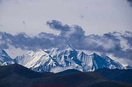 Gongga sniega kalns, mākonis, ar kājām, kalnietis