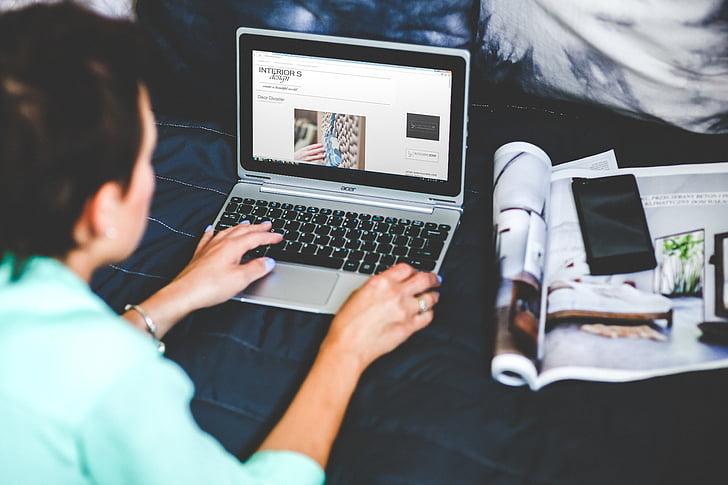 bed, blogging, browsing, internet, laptop, netbook, notebook